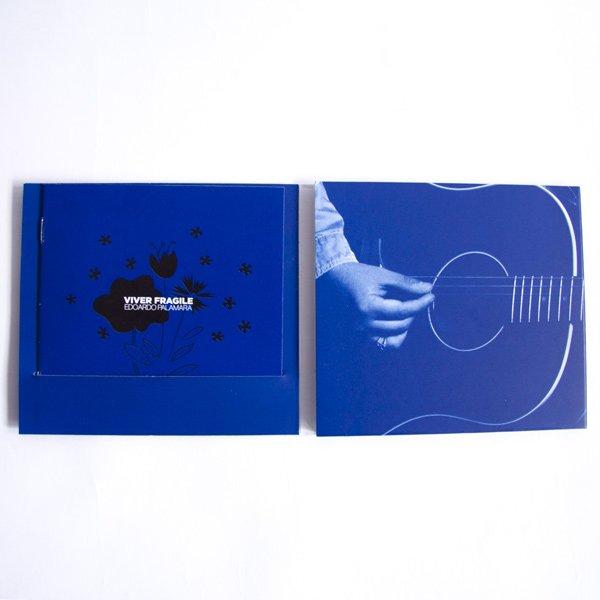 Inner trifold booklet