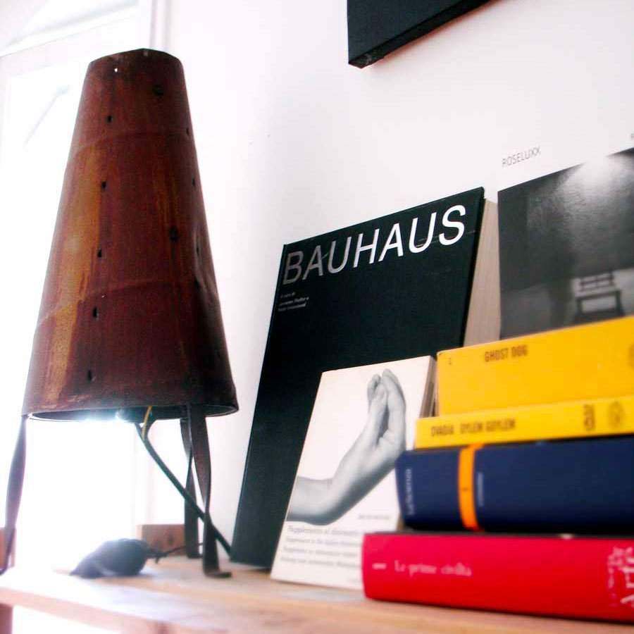 Lampada in Ferro. Designer: Gianluca Natanti